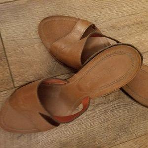 Women Cole Haan  size 9 Brown sandel